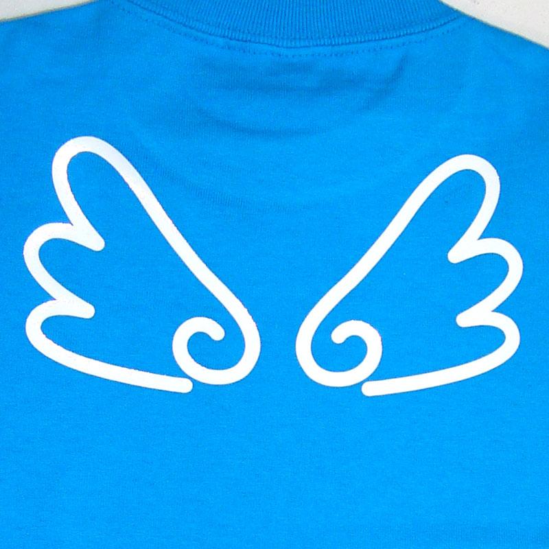 背中に天使の羽付き